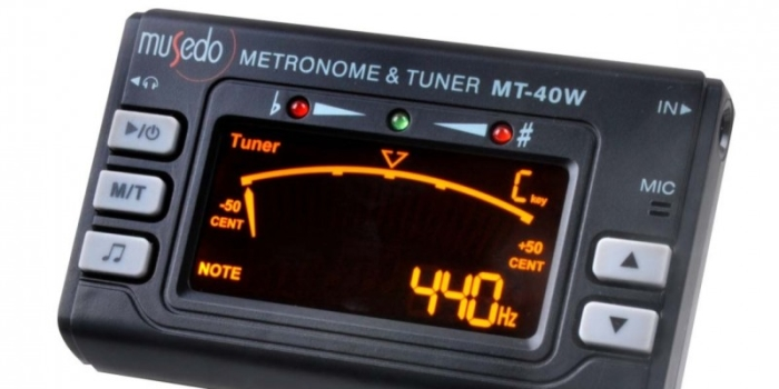 ACCORDATORE/METRONOMO MT-40 3 IN1 € 15.00